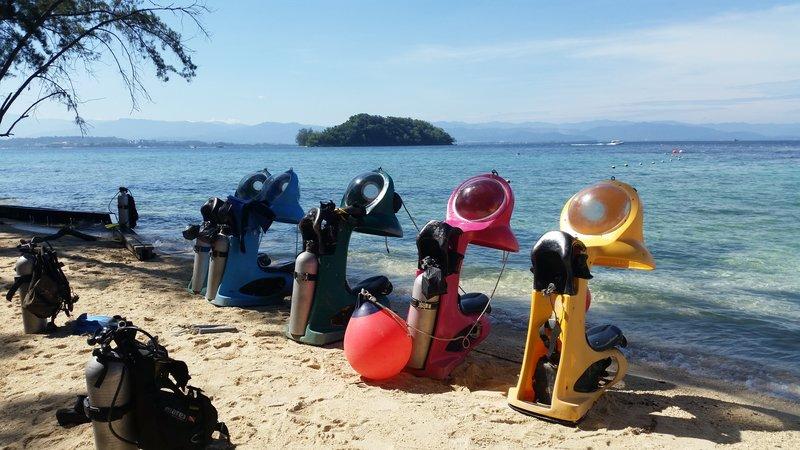 Malaysia - Manukan Beach Fake Diving