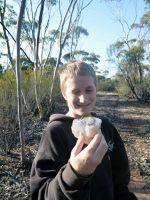 Jesse find a big Quartz Crystal at Yellowdine Lake - Yellowdine