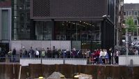 Line up at Anne Frank House - Amsterdam