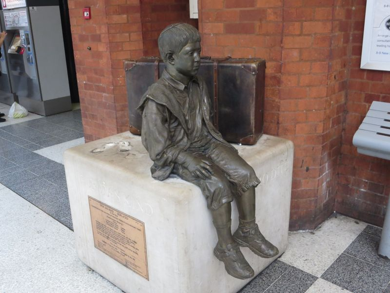 The Kindertransport Statue
