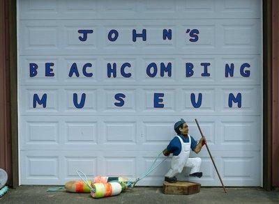 John's Beachcombing Museum, Forks