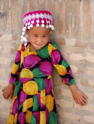 3608628-Young_tourist_Khiva_Khiva.jpg