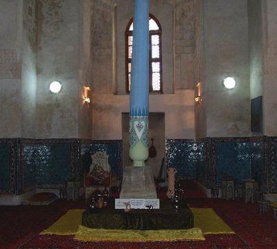 3673337-Ulug_Begs_classroom_Samarkand.jpg