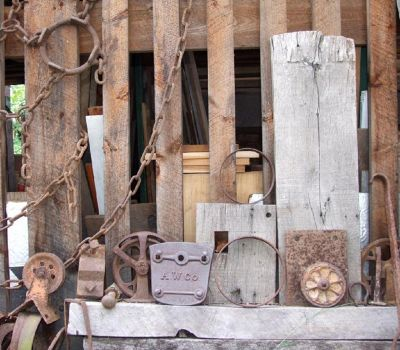 4283515-Antiques_in_Frenchtown_New_Jersey.jpg
