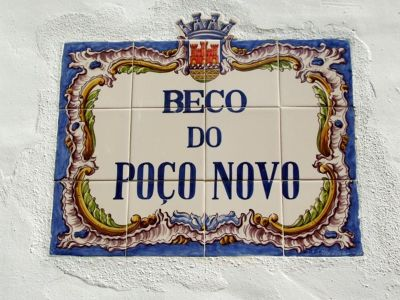 4505135-Street_sign_Cascais_Cascais.jpg