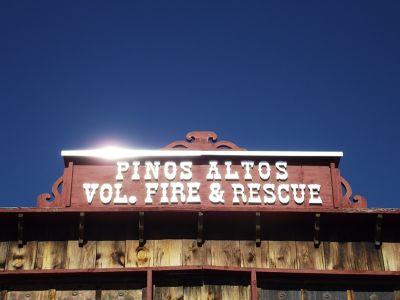 5889936-Fire_station_Pinos_Altos_Silver_City.jpg