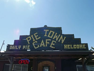 5906143-Pies_pies_and_more_pies_Pie_Town.jpg