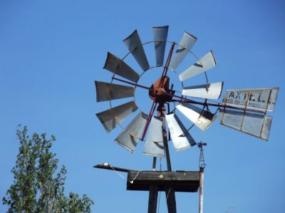 5906163-DanCyn_Windmill_Museum_Pie_Town.jpg