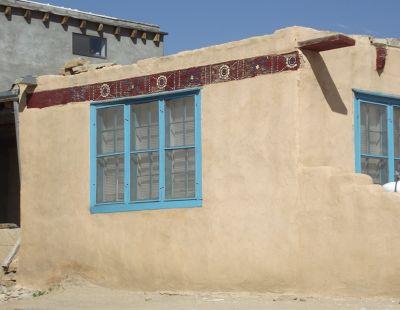 5914844-Typical_house_Acoma_Pueblo.jpg