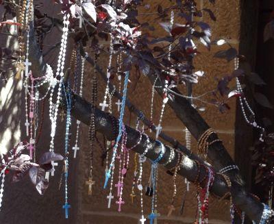 5918368-Rosaries_hang_outside_Santa_Fe.jpg