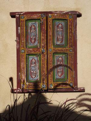 5918459-In_the_courtyard_Santa_Fe.jpg