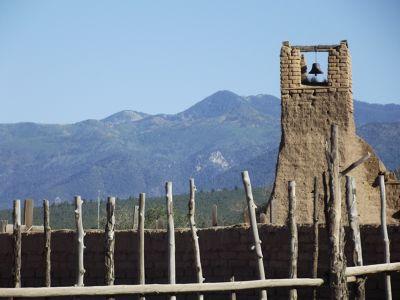 5920936-_Taos_Pueblo.jpg
