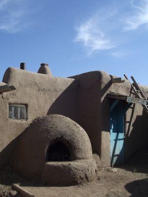 5920969-_Taos_Pueblo.jpg