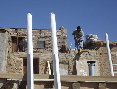 5923862-Building_work_Acoma_Pueblo.jpg