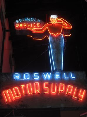 6050617-One_of_the_many_old_signs_Roswell.jpg