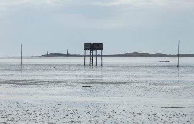 6324145-Refuge_on_Pilgrims_Way_Lindisfarne.jpg