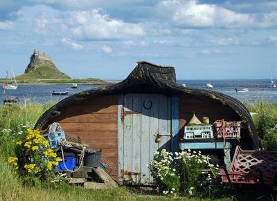6324148-Boat_sheds_Lindisfarne.jpg