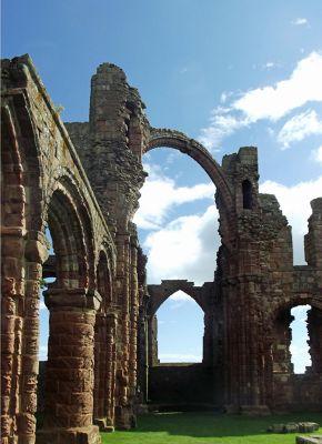 6324164-Lindisfarne_Priory_Lindisfarne.jpg