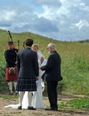 6324198-A_north_shore_wedding_Lindisfarne.jpg