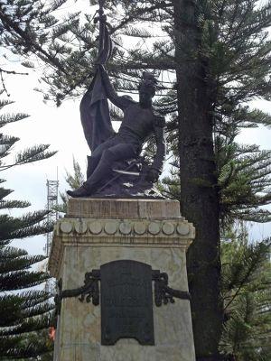 6468846-Statue_of_Abdon_Calderon_Cuenca.jpg
