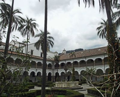 6468962-The_cloisters_Quito.jpg