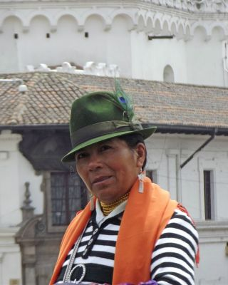 6468966-Scarf_seller_Quito.jpg