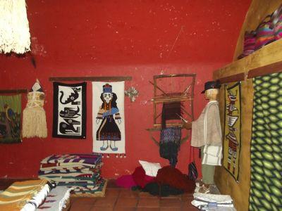 6469015-In_Tianguez_Quito.jpg