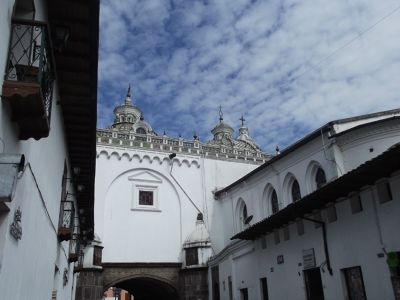 6469055-From_Rocafuerte_Quito.jpg
