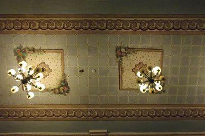 6515428-Chapel_ceiling_Cuenca.jpg