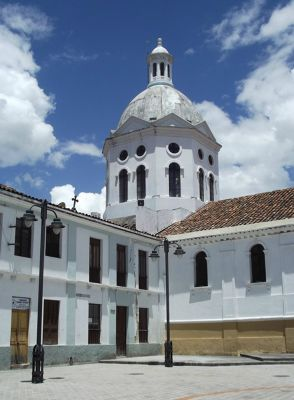 6515431-Plaza_San_Sebastian_Cuenca.jpg