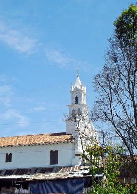 6515434-Iglesia_de_Turi_Cuenca.jpg