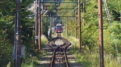 6892871-Funicular_from_Gora_to_Sounzan_Hakone.jpg