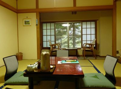 6932285-Our_room_Kamikochi.jpg