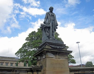 697789327152038-Statue_of_Wi.._upon_Tyne.jpg
