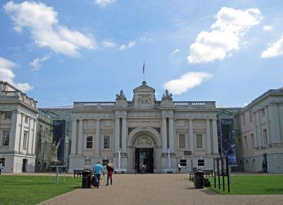 7146506-National_Maritime_Museum_Greenwich.jpg
