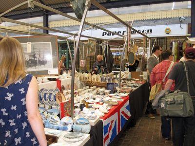 7146527-In_the_market_Greenwich.jpg