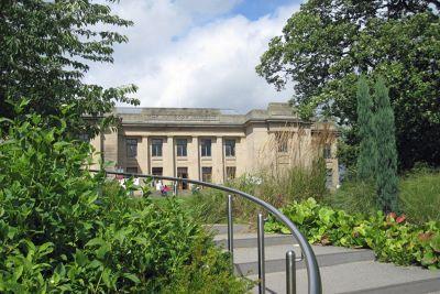 7152036-Hancock_Museum_Newcastle_upon_Tyne.jpg