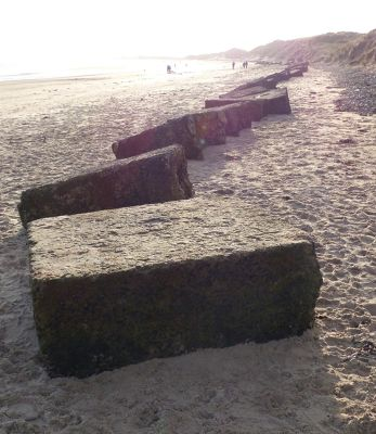 7287025-Wartime_defences_Druridge_Bay.jpg