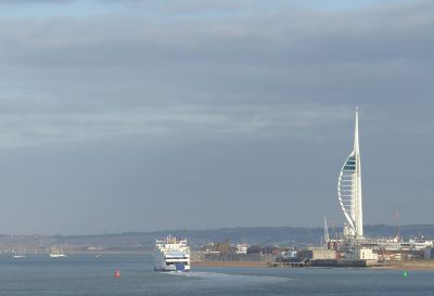 7306986-View_of_Portsmouth_Portsmouth.jpg