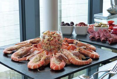 7307011-Seafood_platter_Portsmouth.jpg