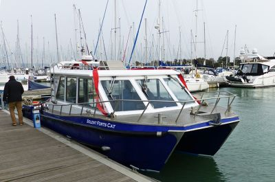7307077-The_catamaran_Portsmouth.jpg