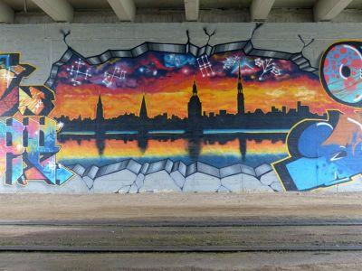 7436610-Street_art_in_Latgale_Riga.jpg