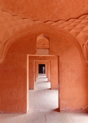 7524326-Bazaar_Agra.jpg