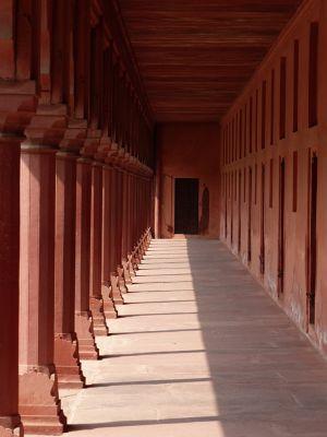 7524327-Bazaar_Agra.jpg