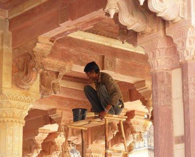 7526185-Diwan_i_Am_restoration_Amer.jpg