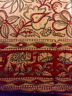 7530086-Block_printed_goods_Jaipur.jpg