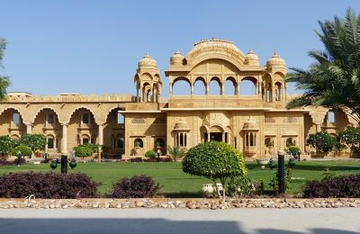 7536724-Main_entrance_Jaisalmer.jpg