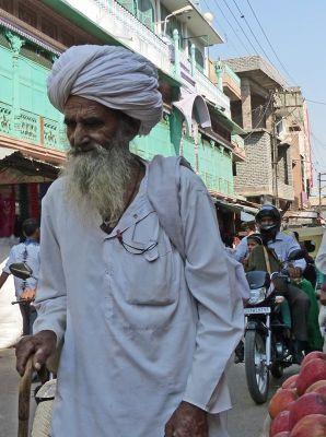 7541836-People_of_Jodhpur_Jodhpur.jpg