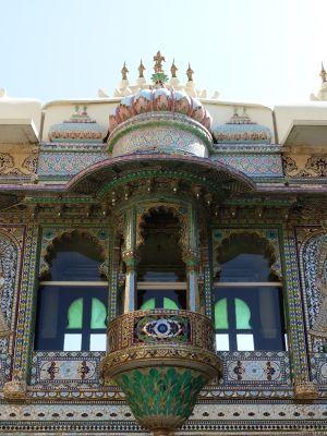 7553575-Mor_Chowk_Udaipur.jpg