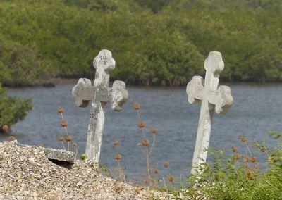 7576430-Shell_Cemetery_Joal_Fadiout.jpg